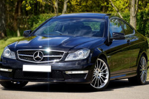 Service and Repair of Mercedes Benz Vehicles